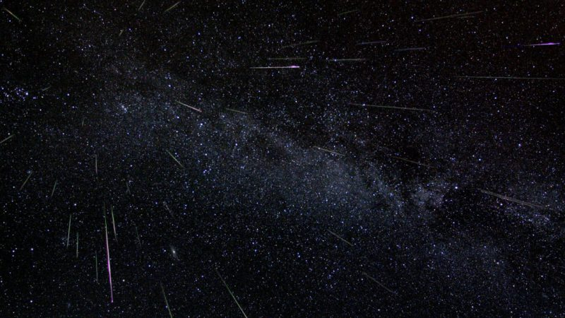 Tonight .. the Arab world is on a date with meteor showers