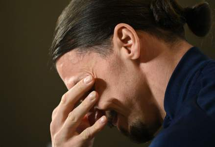 Sladen Ibrahimovic bursts into tears in the middle of a press conference for a tragic reason