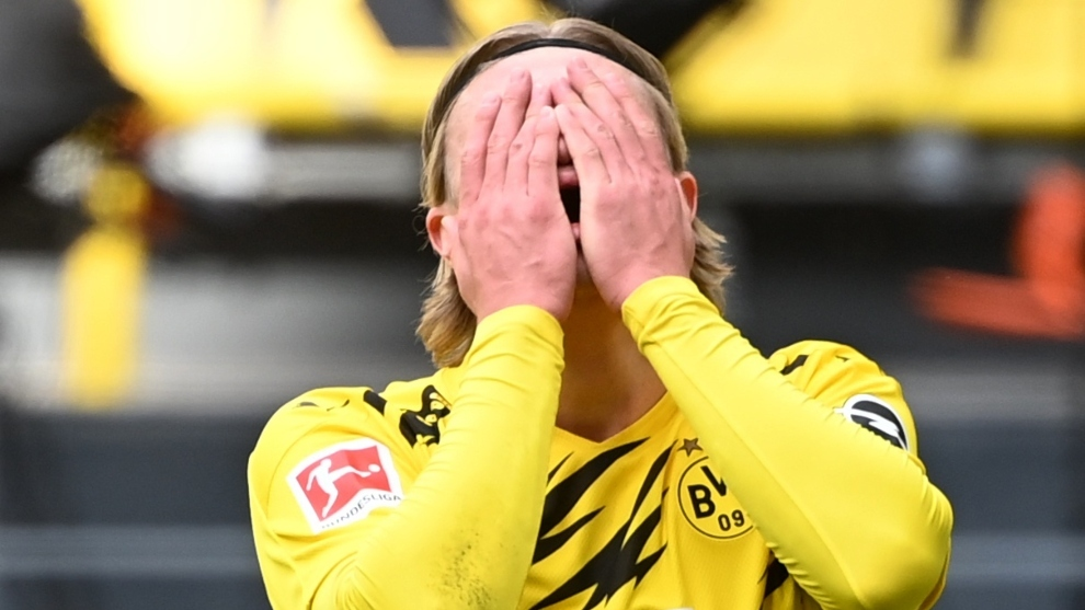 Bundesliga: Borussia Dortmund crisis forces Earling Hollande to leave