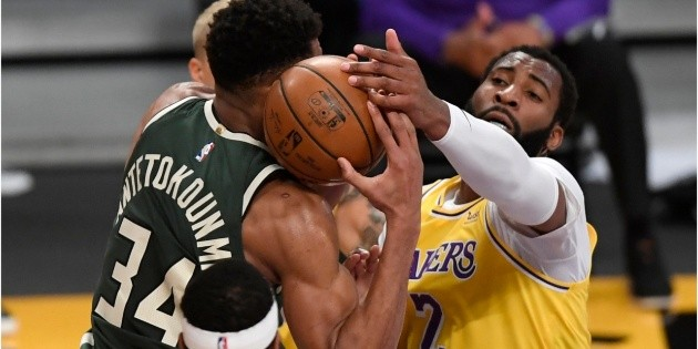 Los Angeles Lakers |  Andre Drummond: Medical Report After Injury In Introduction |  NBA