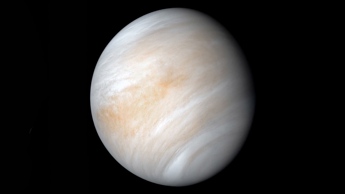 How long is a day on Venus?  Scientists already have the right answer
