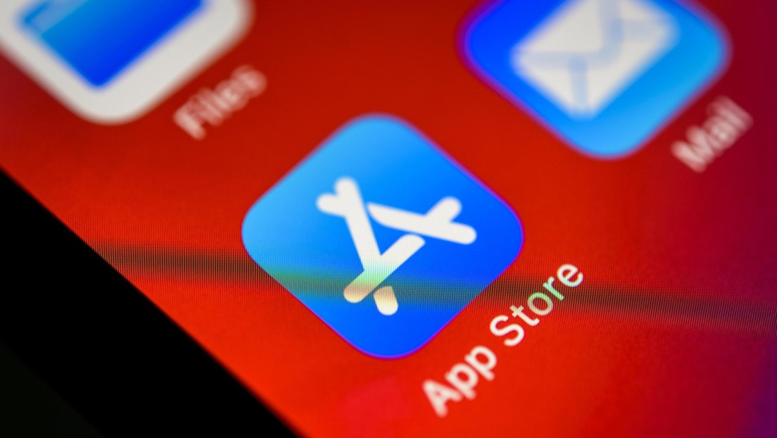 """""""Immediately get rid of"""": Expert warns millions of iPad and iPhone users of App Store scams"""