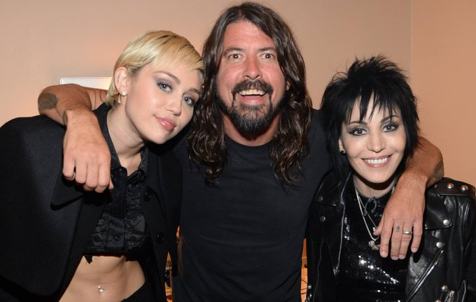 Dave Grohl recalls the time he had high with Joan Jett and Miley Cyrus