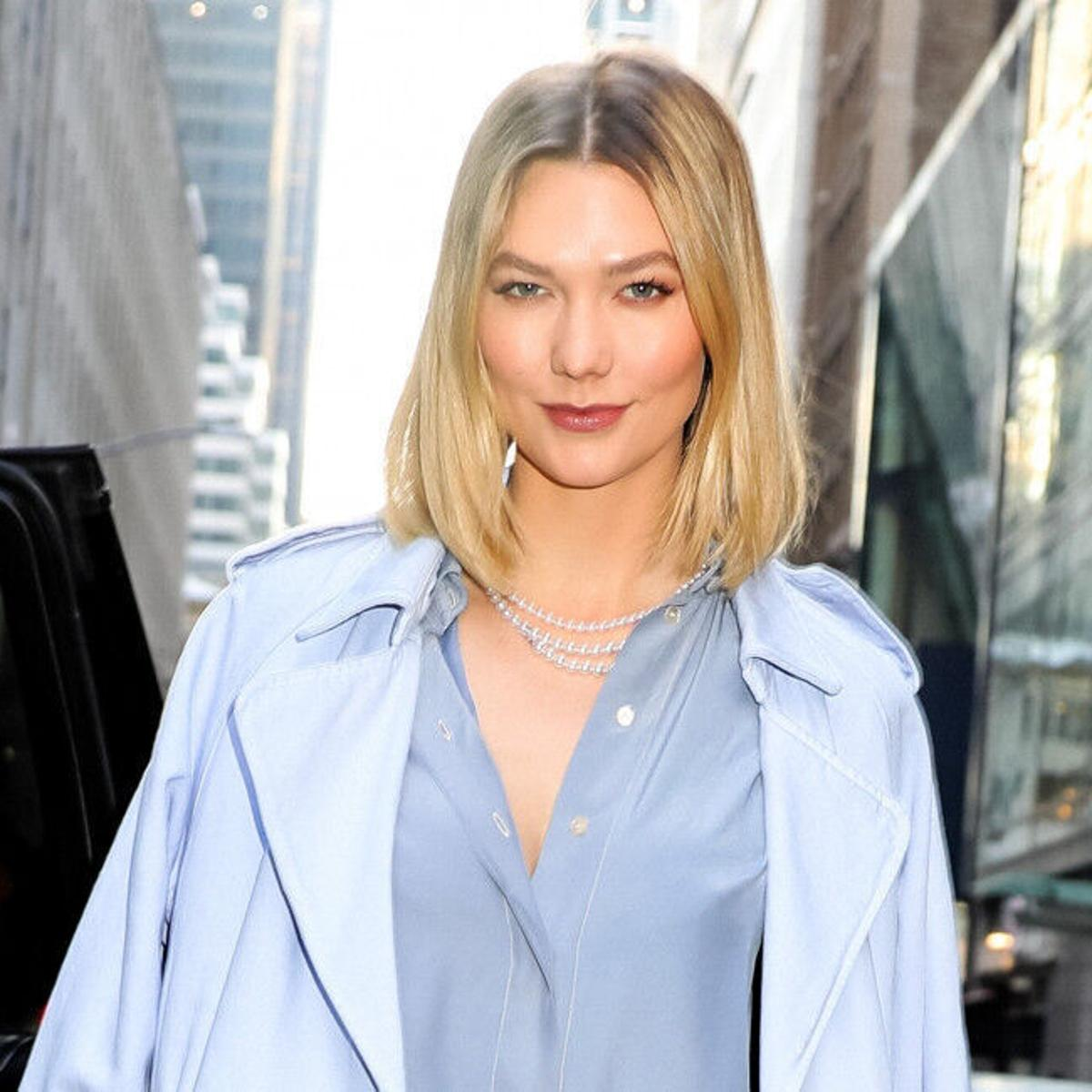 Karlie Kloss Caught on Controversy for Pump Her Breastmilk from the Backside of Her Car 2021