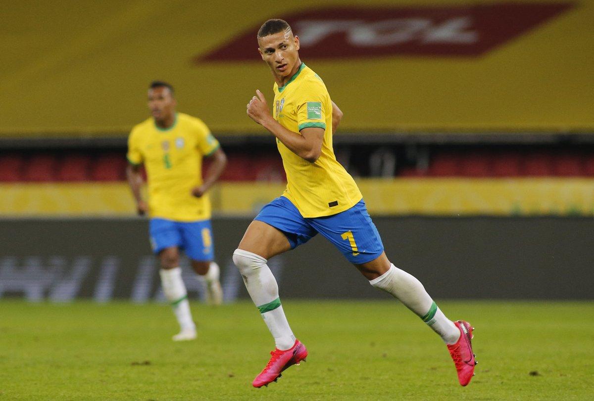 Brazil vs Ecuador (2-0) CONMEBOL Qualification;  Dull scratch