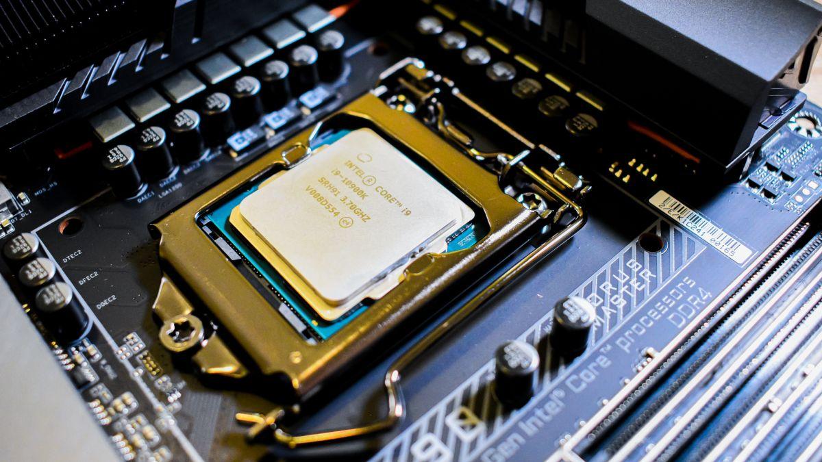 Intel Raptor Lake Leak for Alder Lake processors Design shows 24 Core CPU in 2022