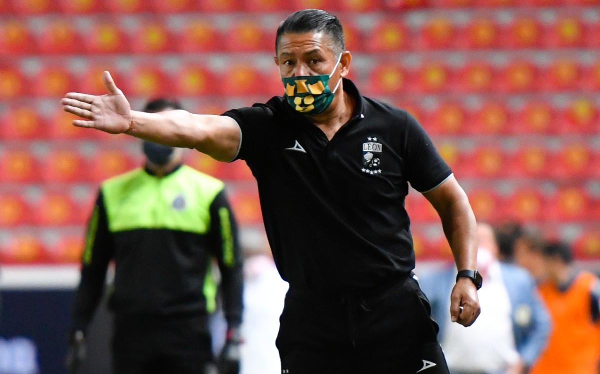 Ignacio Ambris will be San Luis' new coach