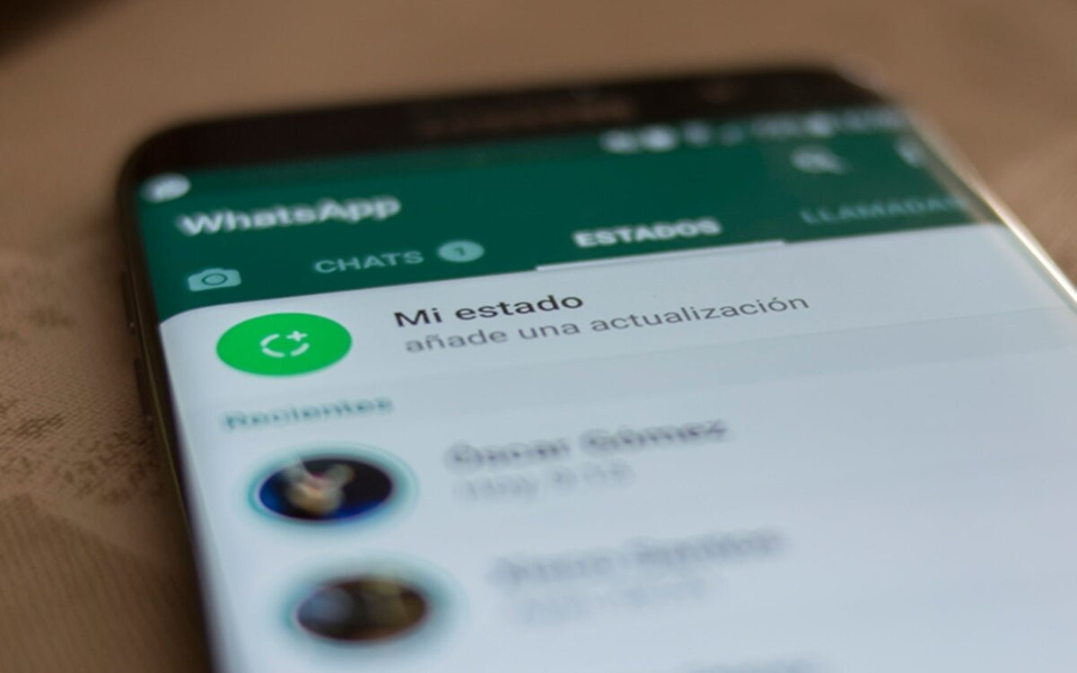 How to know if a stranger is watching your WhatsApp status