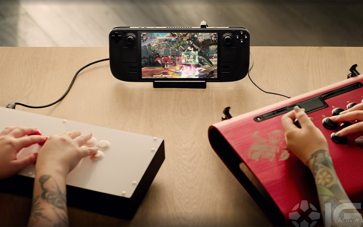 Meet the new portable gamer PC, Stream Tech