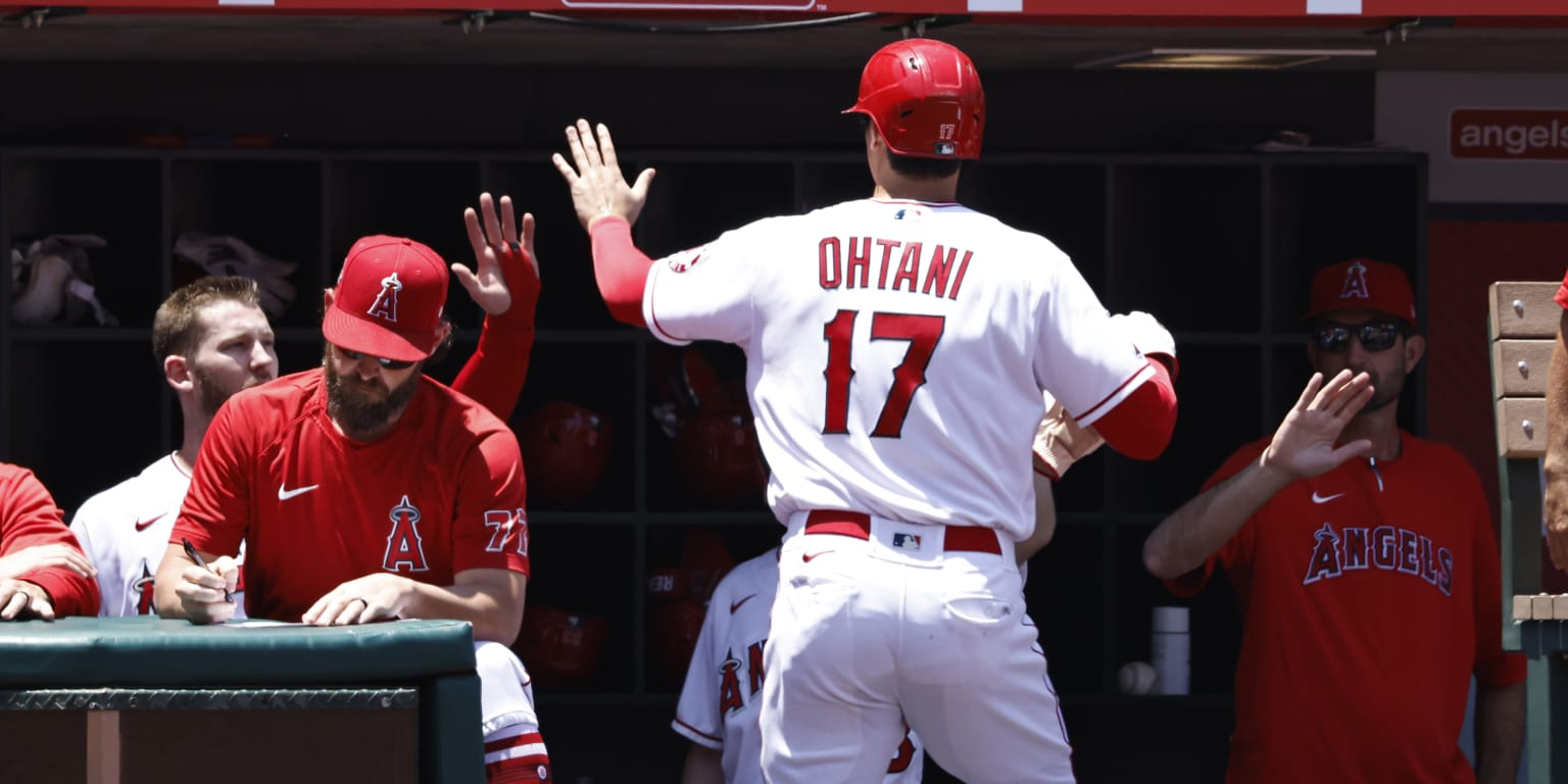 Othani leads Matsui in his 32nd home run