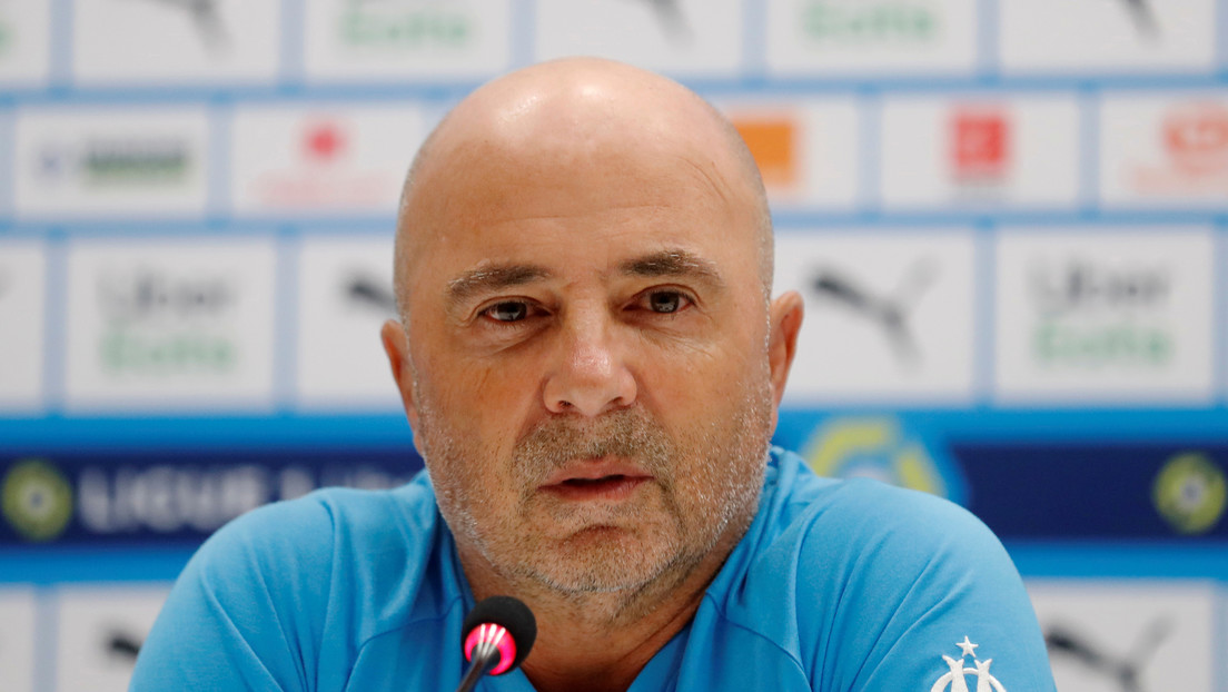 Sampoli talks about the possibility of Messi joining the PSG
