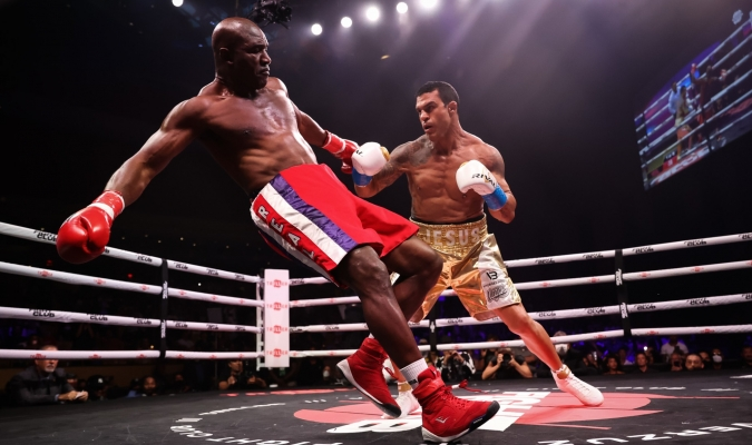 Holyfield risked his life to fight other games123