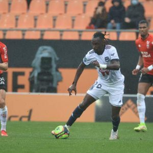 How was it rated?  Albert Ellis' score after scoring against Lorient-10