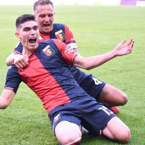 Summary of the match Genoa vs Sasuolo (2-2);  Johan Vasquez makes his debut and goal